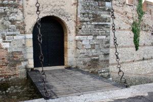 Ponte levatoio - Assedio