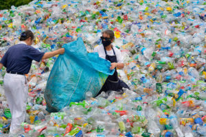 Montagna di plastica